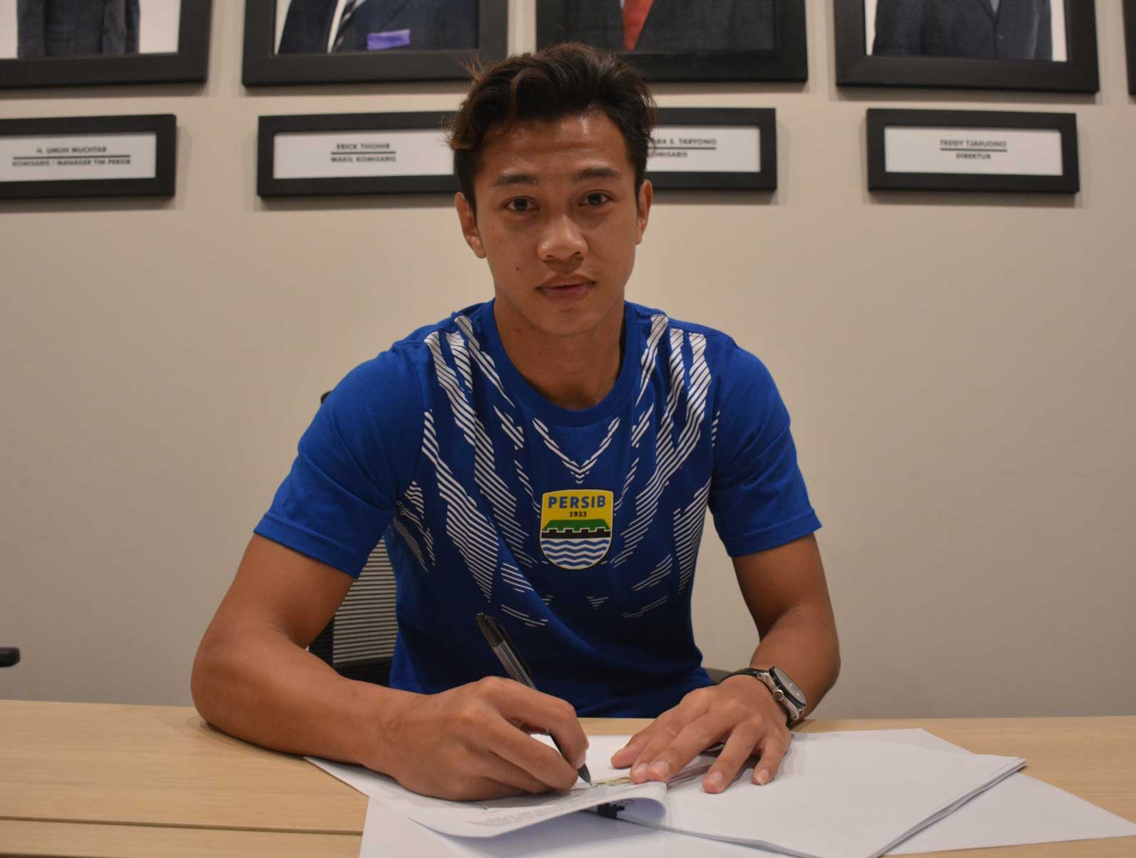 Sabil sign greg