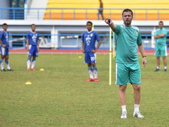 Medium radovic latihan arcamanik jat