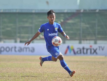Medium wandi persib u 20 sut