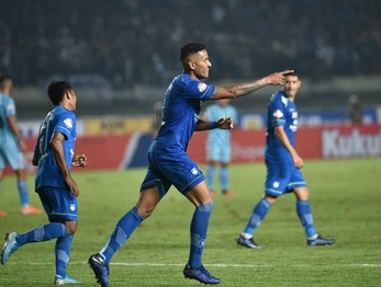 Medium wander luiz gol persela